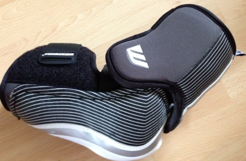 Side profile of the Winnwell Pro-Stock Elbow Pads